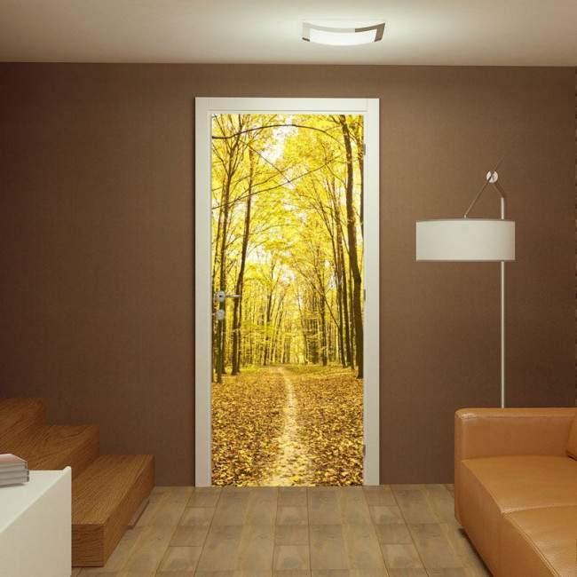 Αυτοκόλλητο πόρτας Φύλλα στο μονοπάτι
