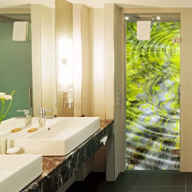 Door sticker Green water reflections