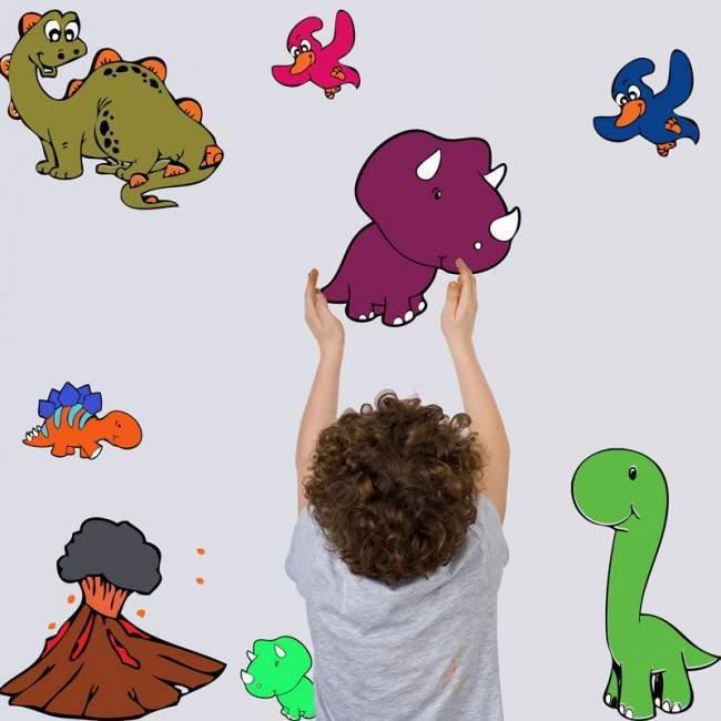 Αυτοκόλλητα τοίχου παιδικά Μικροί δεινόσαυροι.
