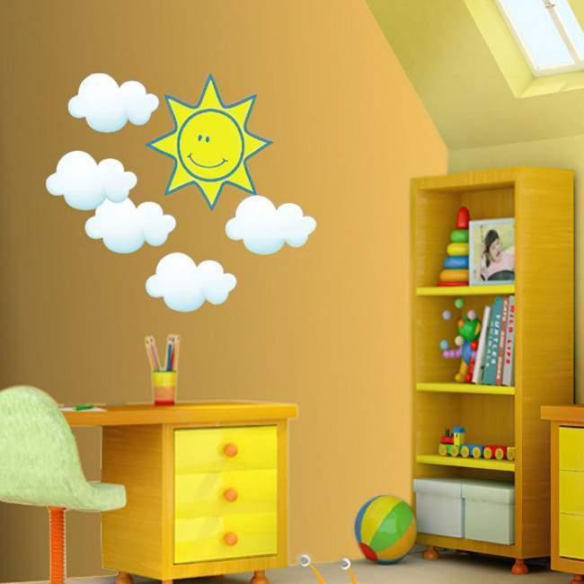 Αυτοκόλλητο τοίχου Ήλιος και Σύννεφα