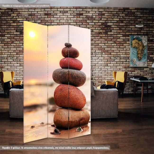 Room divider Stone pyramid