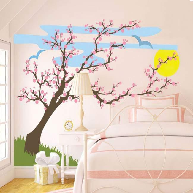 Αυτοκόλλητο τοίχου ανθισμένο δέντρο, δέντρο, ήλιος και πουλιά. Ανοιξιάτικο τοπίο