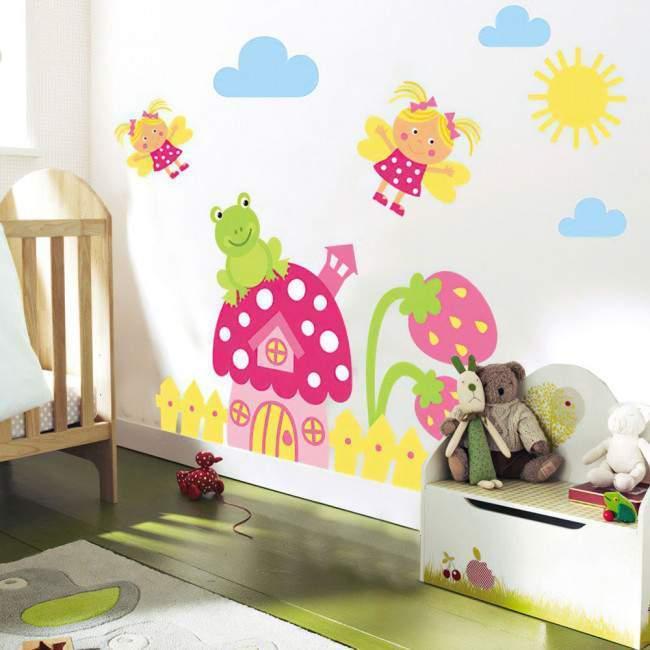 Αυτοκόλλητα τοίχου παιδικά Φραουλόσπιτο, νεράιδες και βατραχάκι