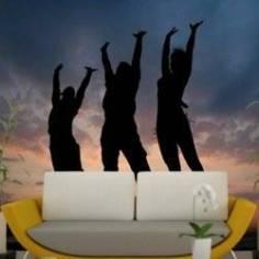 Τρείς άνθρωποι στο ηλιοβασίλεμα, φωτογραφική ταπετσαρία