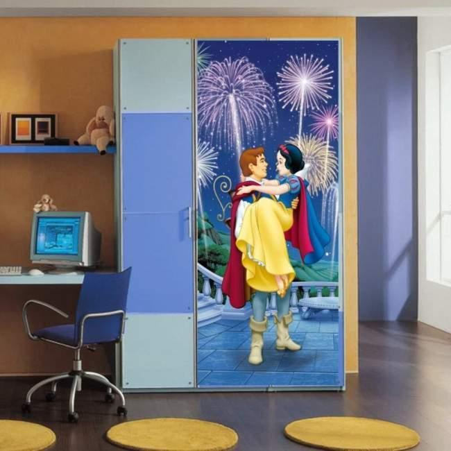Η Χιονάτη και ο πρίγκηπας, ταπετσαρία πόρτας , ντουλάπας , τοίχου
