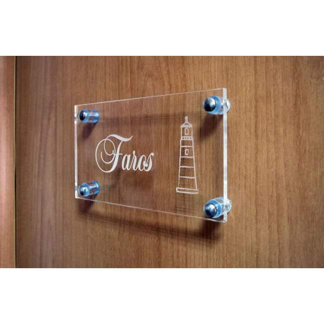 Πινακίδα δωματίου ξενοδοχείου plexiglass, χάραξη με laser