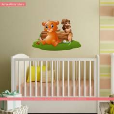 Αρκουδάκι και σκιουράκι, αυτοκόλλητο τοίχου παιδικό με ζωάκια