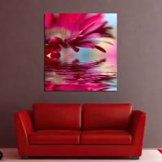 Flower reflections (red) Πίνακας σε καμβά